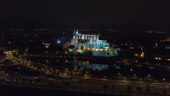 Thumbnail for Aerial Fottage of Catedral De Santa Maria De Palma De Mallorca at Night