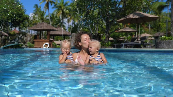 Travelling with Kids is Easy and Fun