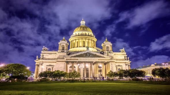 St. petersburg, isaac's cathedral night timelapse. historical building in the light