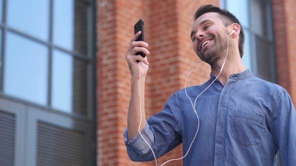 Portrait of Talking Adult Man, Online Video Chat