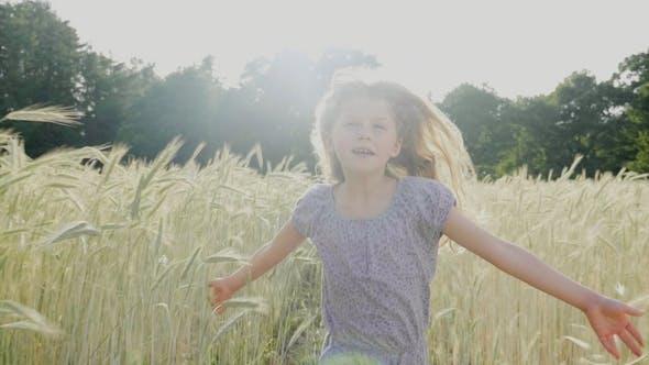 Cover Image for Summer Girl Running