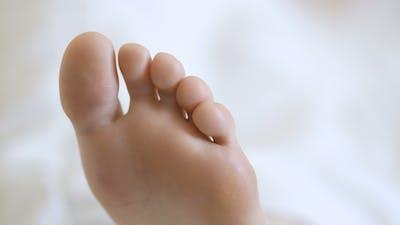 on Bare Female Feet