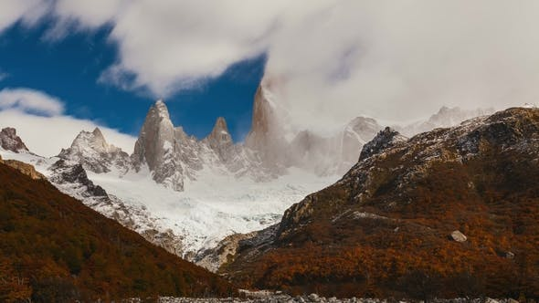 Thumbnail for Mount Fitz Roy at Dawn. Argentina, Patagonia