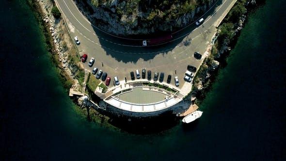 Thumbnail for Luftaufnahme der Bergstraßen in der Nähe der Bucht von Kotor. Ansicht von oben