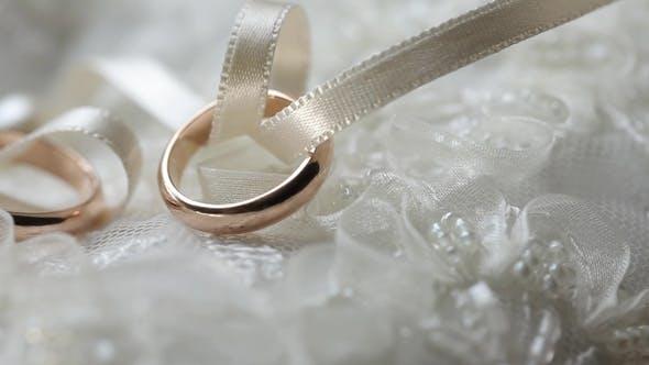Wedding Rings Gold Diamond Jewellery