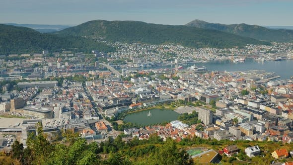 Cover Image for Top View of the City of Bergen in Norway