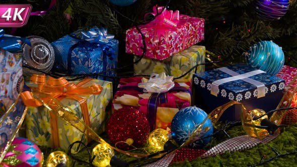 Thumbnail for Festive Mood On The Eve Of Christmas