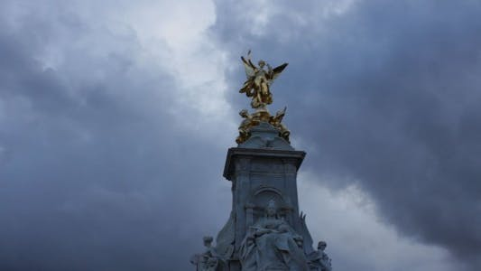 Thumbnail for Queen Victoria Monument Time Lapse