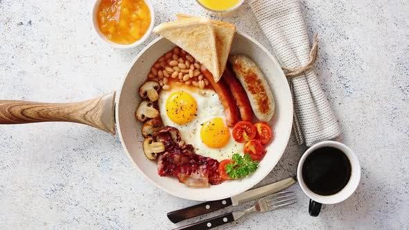 Thumbnail for Englisches Frühstück in einer Pfanne