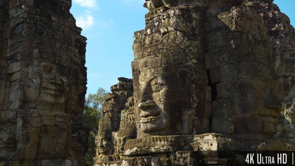 4K Smiling Face Stone Tower at Bayon Temple in Siem Reap, Cambodia