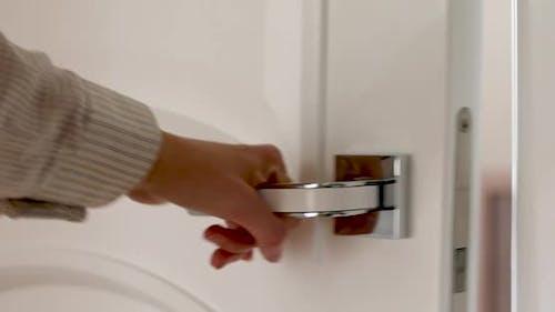 Door Knob and Opens