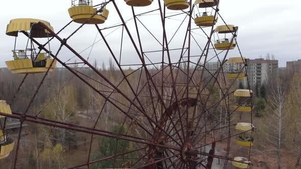 Tschernobyl Ausschlusszone. Pripjat. Antenne. Verlassenes Riesenrad.