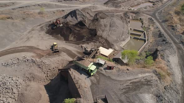 Cover Image for Gravel and Sand Quarry