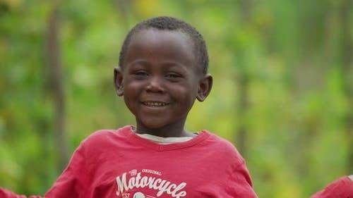 Nahaufnahme eines afrikanischen Kindes