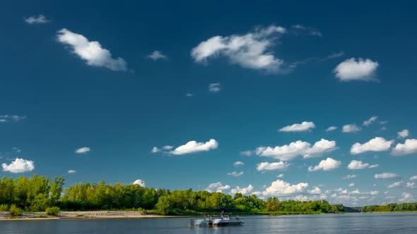 Thumbnail for Sunny day on the River Vistula.