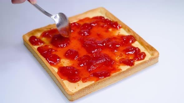 Tasty Jam is Put on a Pie Tart
