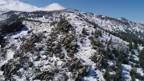 Cover Image for Winter Mountain Rocks