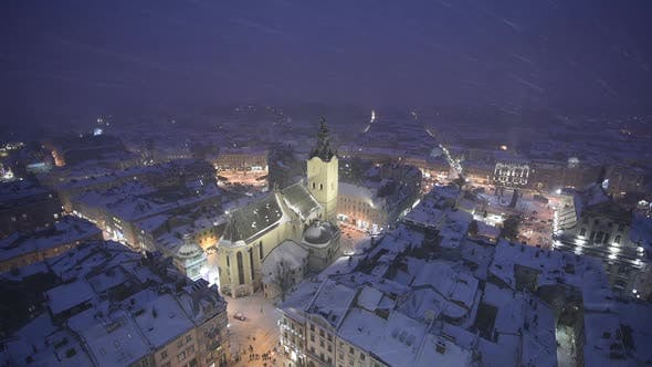 Cover Image for Picturesque Evening View on City Center From Top of Town Hall