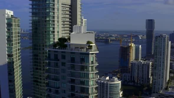 Modern Architecture Edgewater Miami 4k
