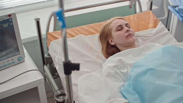 Cover Image for Unconscious Patient in Intensive Care Room