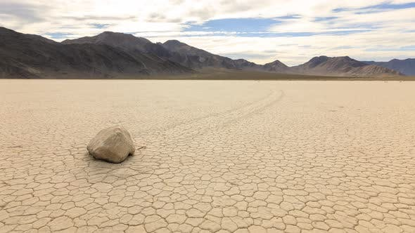 The Famous Race Track in Death Valley Time Lapse