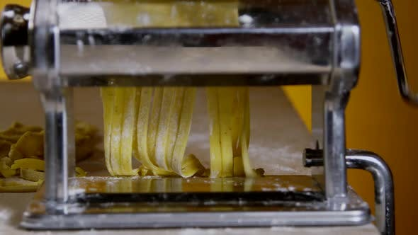 Thumbnail for Cutting And Shaping Pasta Dough 18
