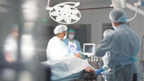 Operationssaal Chirurgie im Krankenhaus
