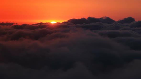 Cover Image for Clouds at Sunset
