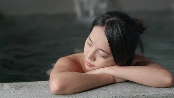 Thumbnail for Woman enjoy the japanese hot springs