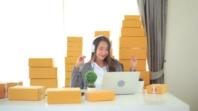 Woman use smart phone for listen music