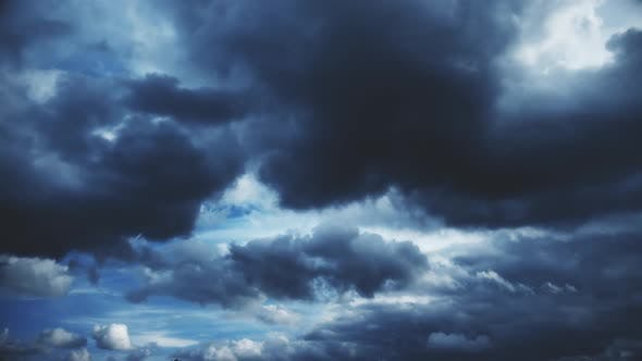 Cover Image for Clouds in Night