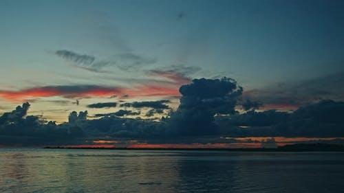 Time Lapse of Dark Sunset Clouds Majestic Sunset or Sunrise Seascape Cloudscape Sky and Clouds