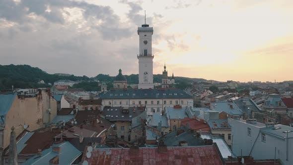 Thumbnail for Luftstadt Lviv, Ukraine. Europäische Stadt. Beliebte Gegenden der Stadt. Rathaus