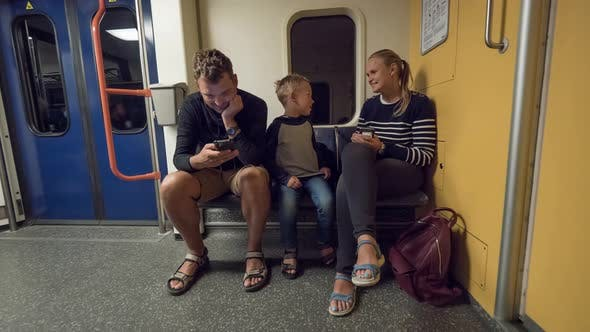 Cover Image for Timelapse of Family with Child in Subway Train