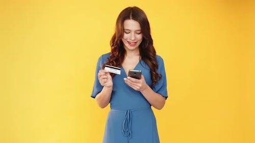 Digital Banking Woman Credit Card Phone Set of 2