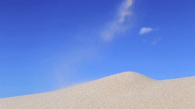 Faling Sand over the Sand Dune