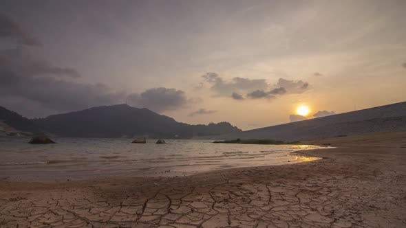 Timelapse sunset at the dry land