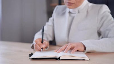 Entrepreneur Handwriting in Office