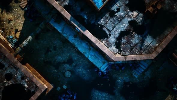 Luftaufnahme der verlassenen alten Fabrik