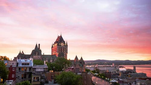 Timelapse of Quebec City, at sunset
