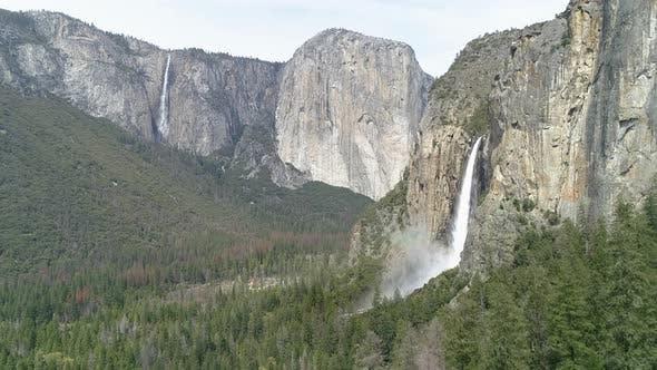 Thumbnail for Aerial view of El Capitan
