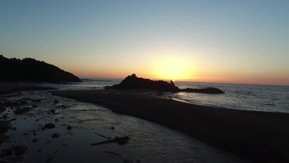 Thumbnail for Aerial shot of sunset on Oregon Coast