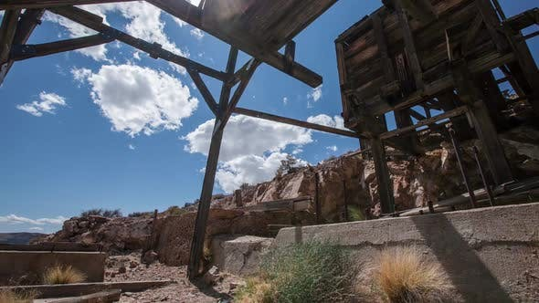 Cover Image for Abandoned Mine Time Lapse