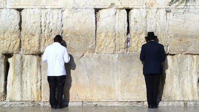 Jew Pray