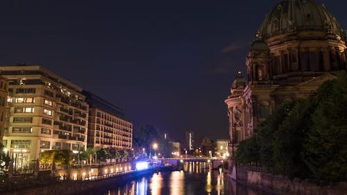 Night timelapse of the Berlin Cathedral