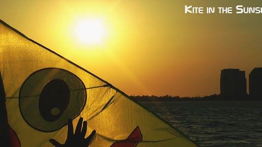 Thumbnail for Kite In The Sunset 2