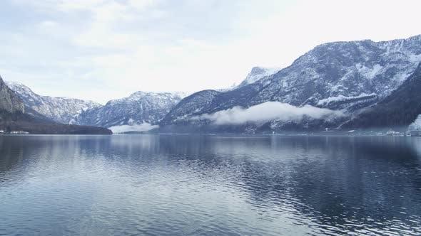 Cover Image for Pan left of Hallstatt Lake on winter time