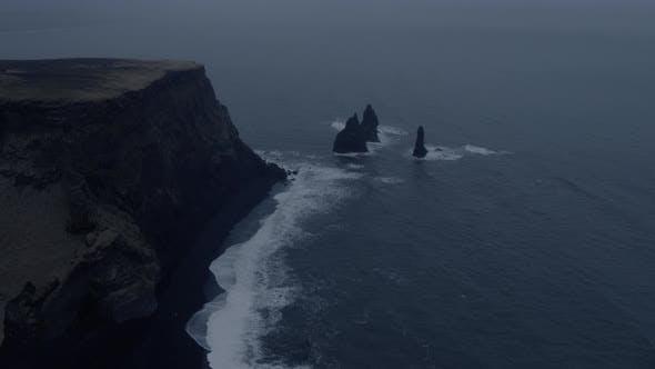 Thumbnail for Big Waves of Renisfjara