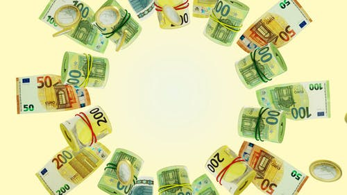 Money Dance Euro