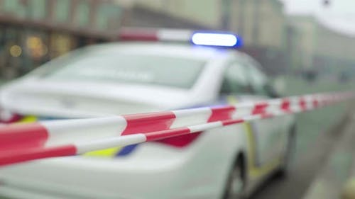 Barrierewarnung Polizei Klebeband am Tatort. Kiew.  Ukraine